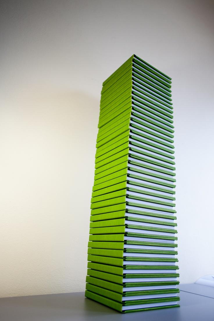 Green wedding album tower ;)