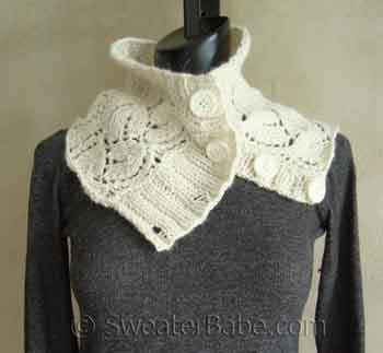 Free Knitting Patterns Cowls With Buttons : #98 Lush Button-Up Cowl PDF Knitting Pattern