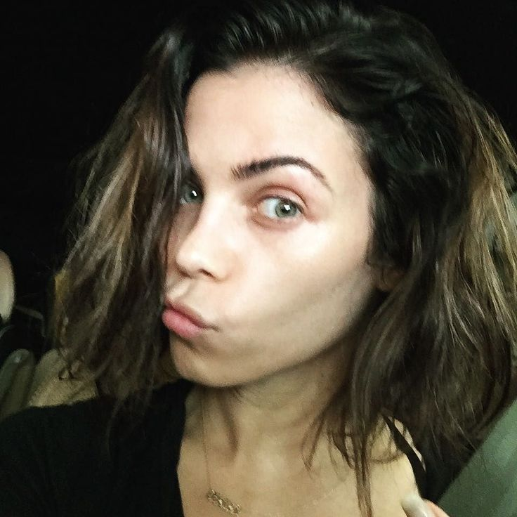 See the gorgeous no makeup selfies from Jenna Dewan Tatum and other celebrities.