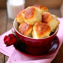 Milinki with yogurt - very tasty traditional Bulgarian breakfast of bread dough, cheese and butter sauce