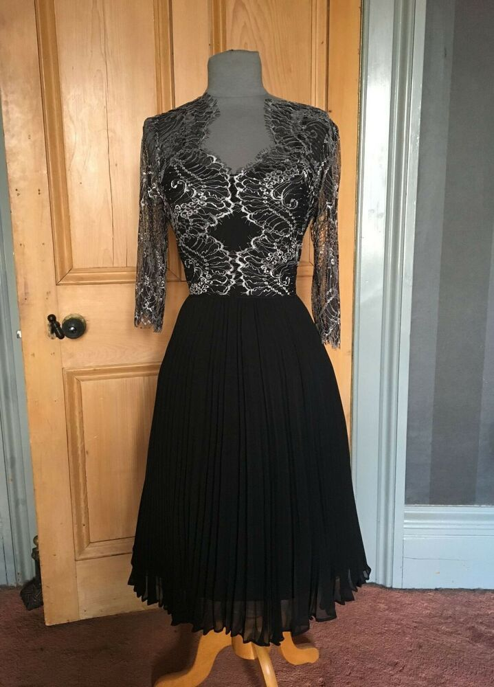Gorgeous Adrianna Papell Lace Black Evening Dress Size 14 Black Evening Dresses Dresses Odd Molly Dress