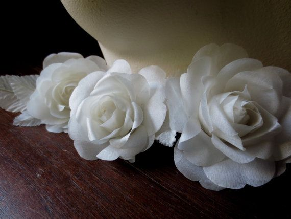 SALE Petite Silk Millinery Rose in Ivory for Floral Supply, Fascinators, Hats, Corsages MF105
