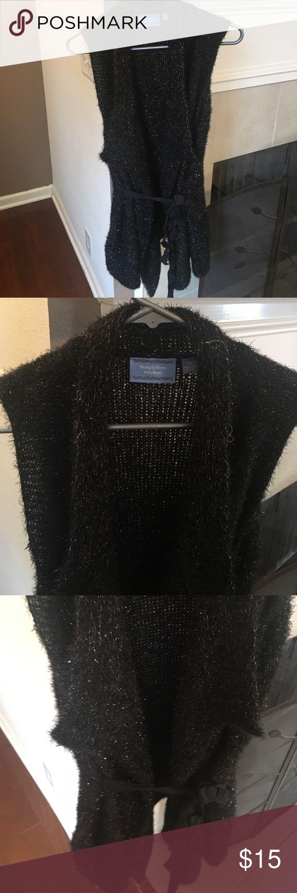 Simply Vera sweater vest never worn Simply Vera sweater vest never worn Simply Vera Vera Wang Sweaters