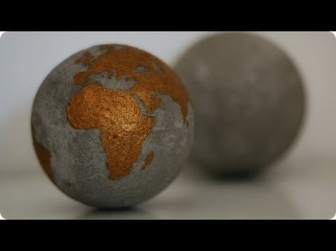 How to make a Concrete Garden Sphere out of a Plastic Ball / DIY Garden Decor Ideas - Tutorial - YouTube