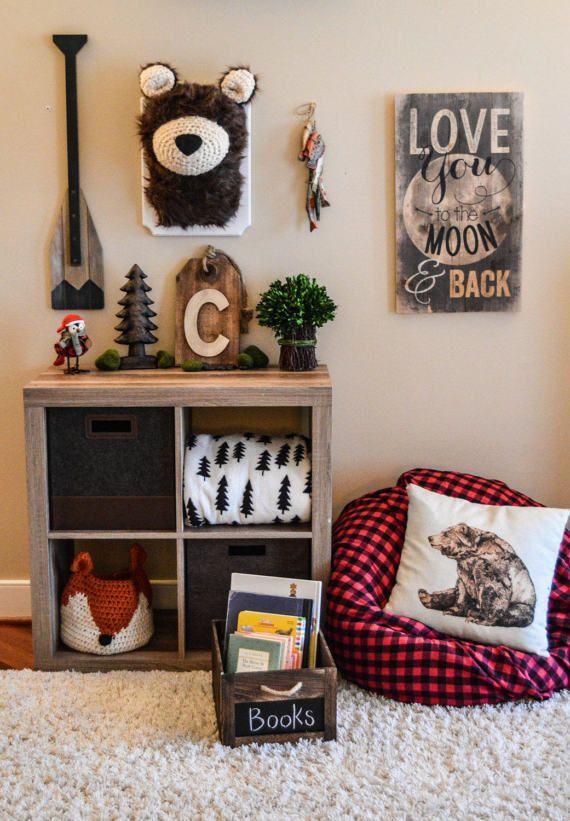 Bear decor for woodland nursery, playroom decor by ClaraLoo