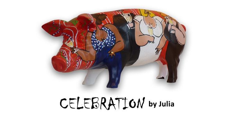 Artpig Celebration.  Julia is van alle markten thuis, momenteel werkt ze veel met vrolijke vrouwenfiguren in dagelijkse dingen. Telkens is ze op zoek naar iets nieuws!. Op zoek naar vrolijkheid, sfeer, verhoudingen, vormen, structuren en naar combinaties van kleuren. Op dit varken komt dat allemaal terug! Vrolijke dames die genieten van een feestje! een vrolijke variant, waar je zelf ook bij iedere aanblik vrolijk van word!