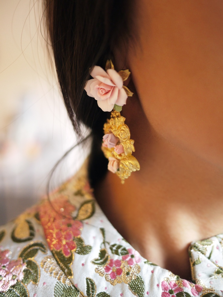 #DIY #baroque #earrings for The Zoe Report  http://fashioncherry.co/