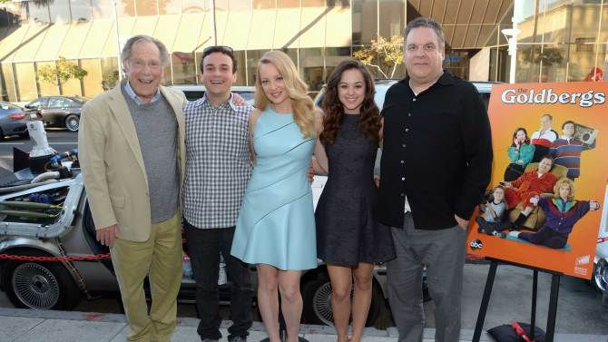 the goldbergs cast | The Goldbergs' Cast Feeling Good About Season 2 Pickup