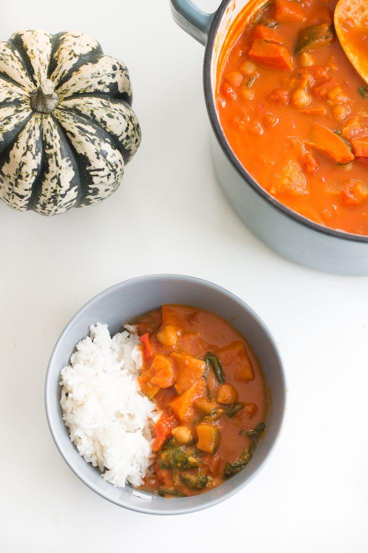 Rezept für ein herbstliches Kürbis-Kichererbsen-Curry #onepot #kürbis #curry