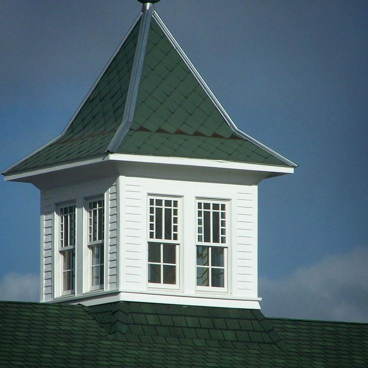 We just love the classic steeples on Borden Creamery! #WindowWednesday #windsorwindows #bordencreamery #windsorpinnacle