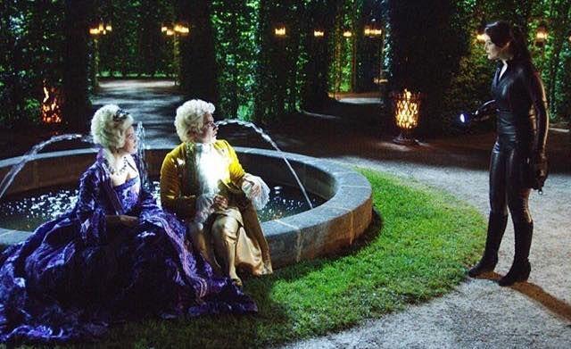 Smaragdgrün - Lady Amelia (Emilia Schüle), James (Kostja Ullmann) & Gwendolyn (Maria Ehrich)