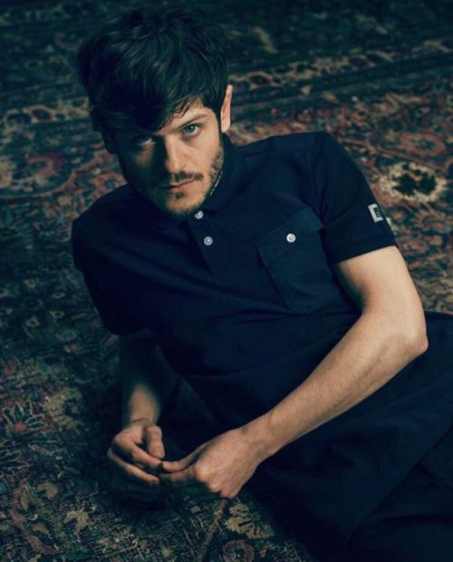 A news, media and resource page for Olivier-award winning Welsh actor and singer Iwan Rheon.