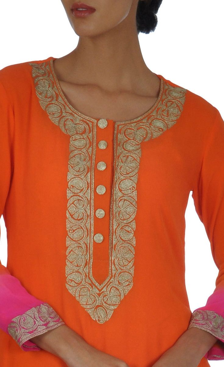 Kashmiri Tilla Ombre Shirt With Silvery-Gold Skirt And Dupatta