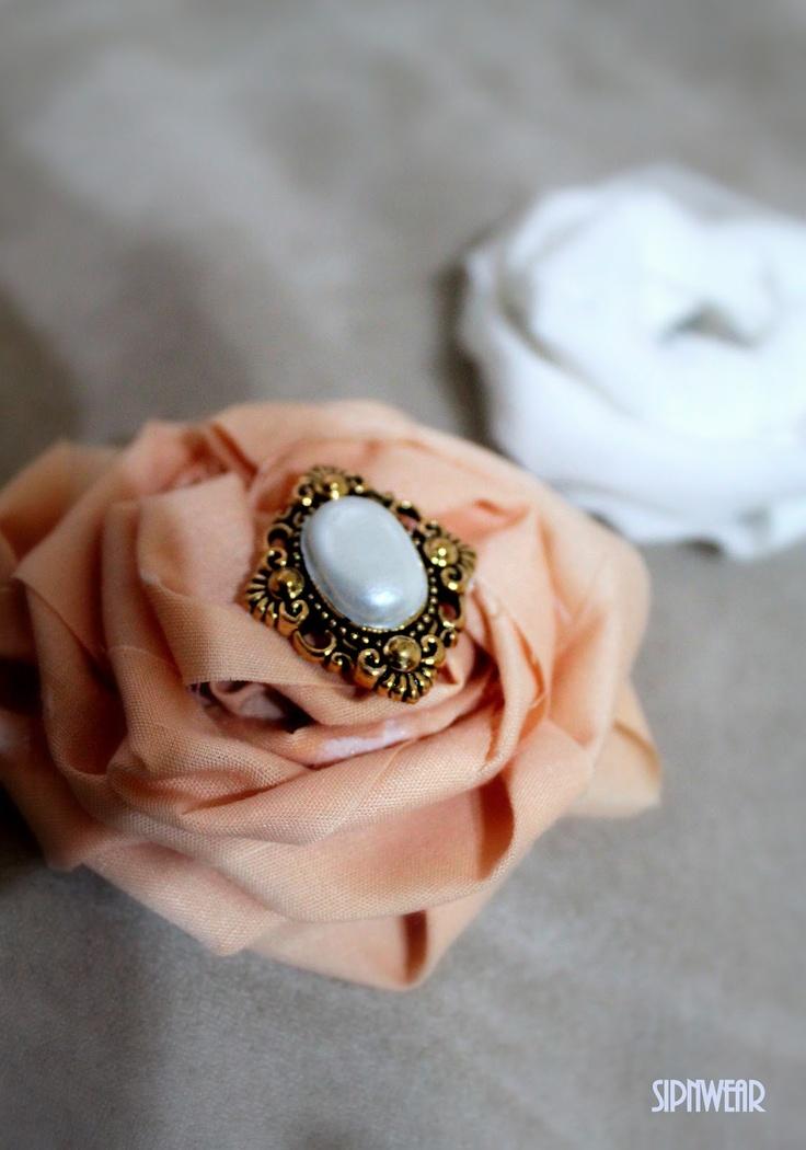 More flower! No Sew. sip-n-wear: DIY Fabric Flowers - sash, broaches