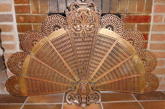 antiker ca.1900  Kaminschutz Ofenschutz Kamingitter Funkenschutz Gitter Kamin Kaminfächer peackock fireplace screen