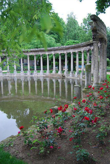 Parc Monceau in Paris by albany_tim, via Flickr