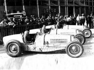 Trois Bugatti Type 59 au GP de l'ACF 1934