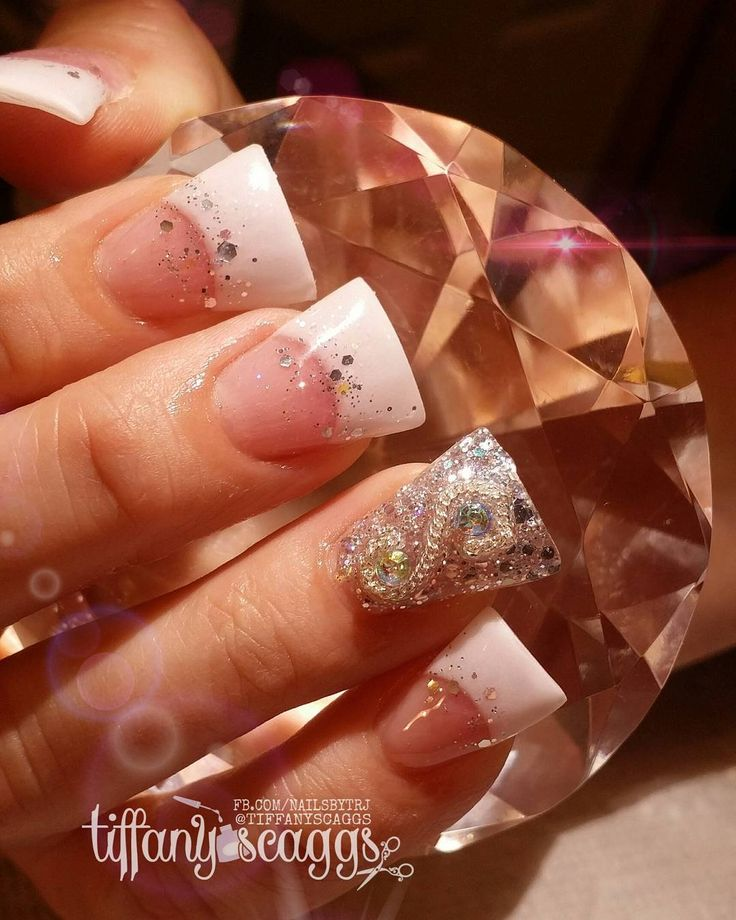Flared nails are back in fashion and no, we don't know why either | Metro News