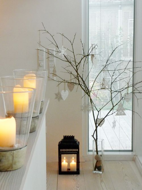 25 best ideas about christmas branches on pinterest - Decoration de fenetre pour noel ...
