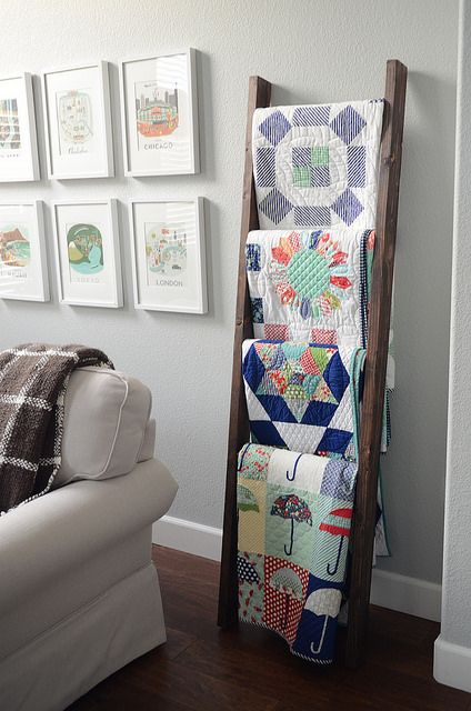 Quilt ladder on Camille Roskelley's blog | Flickr - Photo Sharing!