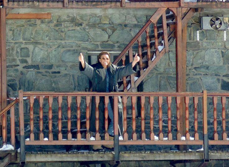 Actorul Jean-Claude Van Damme a făcut senzaţie la Bâlea Lac! În cămaşă fără mâneci, la -6 grade Celsius! - Monden | Libertatea.ro