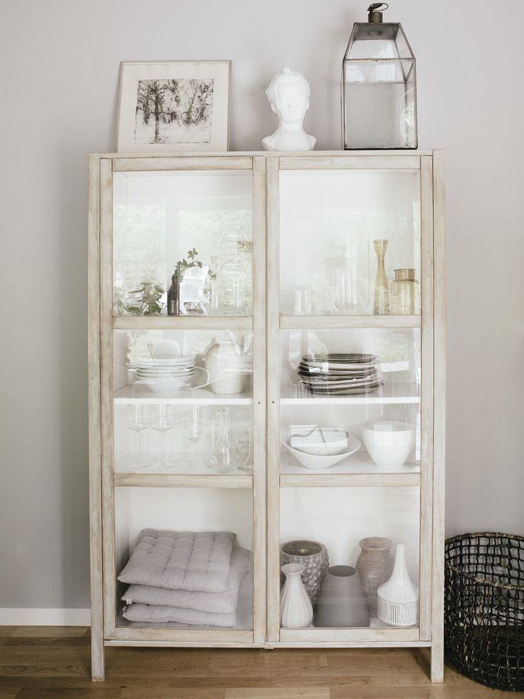 DIY IKEA hack- björknäs vitrinskåp