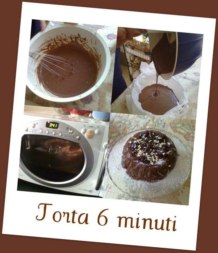 La torta al cacao 6 minuti è una ricetta veramente velocissima ma altrettanto buona. Solo 6 minuti di cottura