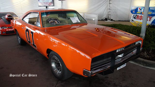 """1969 Dodge Charger """"General Lee"""" by Fast Toys at LA Auto Show 2014: http://www.specialcarstore.com/content/mpg-motoring-invitational-la-auto-show-2014"""