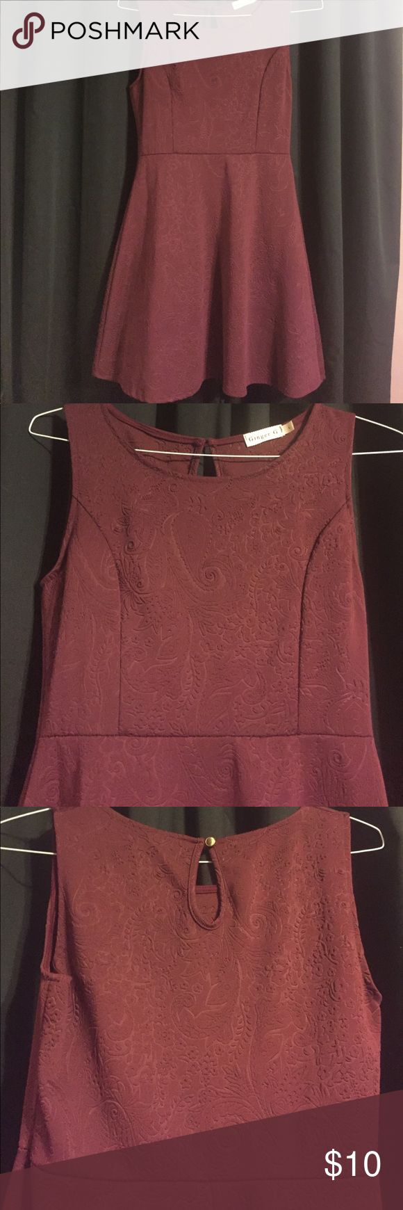 Maroon dress Size large! Maroon! Paisley type pattern. Non specific brand, purchased at TJ Max Dresses