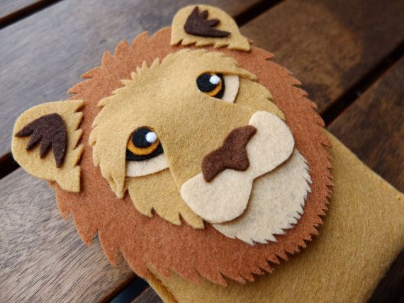 Lion Phone Case - Cell Phone Case - iPhone Case - Handmade brown felt case: