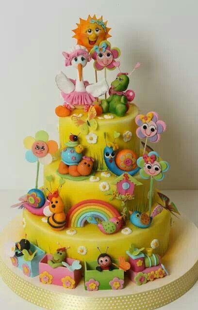 Kids cake rainbow flowers train