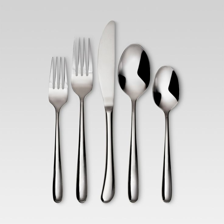 Beautiful and timeless, the liquid shine of the Threshold Kayden Silverware Set will add finesse to any table setting. This 20-piece dishwasher safe set of silverware is a subtle departure from traditional flatware. It has rounded edges and a thoughtful sizing that you'll love using for years to come. This set includes 4 dinner spoons, 4 salad forks, 4 dinner forks, 4 dinner knives and 4 teaspoons.