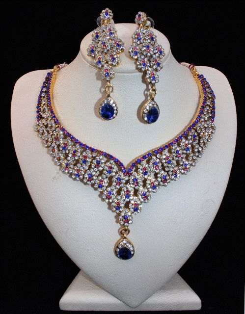 Comes as a set of Necklace and EarringsReady to Ship Worldwide.