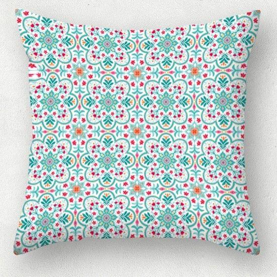 Azulejo en flor  https://estampable.com/design/red-cojin/  #cristinasosa #estampado #fashion #flor #azulejo #flower #spring #colour #fashionillustration #textileart #art #beautiful #lovely  #lovemywork #draw #handmade #estampaciondigital #estampable