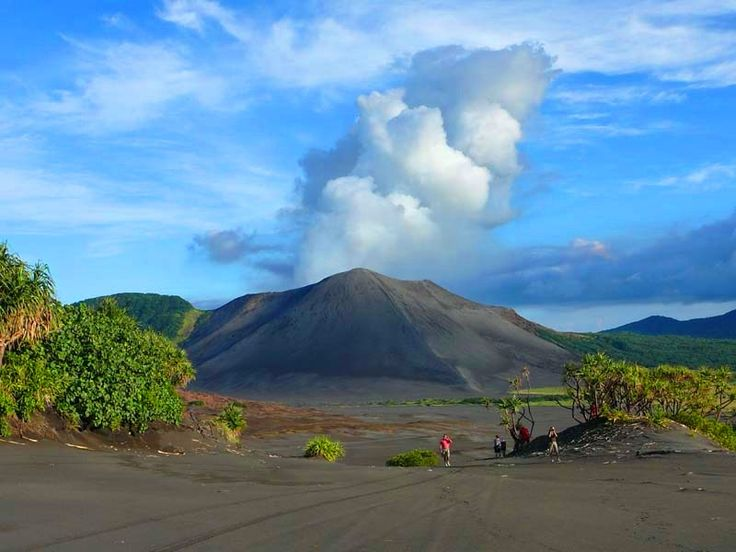 35 best Science Quakes Volcanoes Tsunamis images on Pinterest - best of shield volcano coloring pages