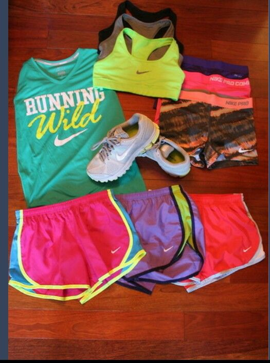 Cute running clothes...can someone buy me these please?:)