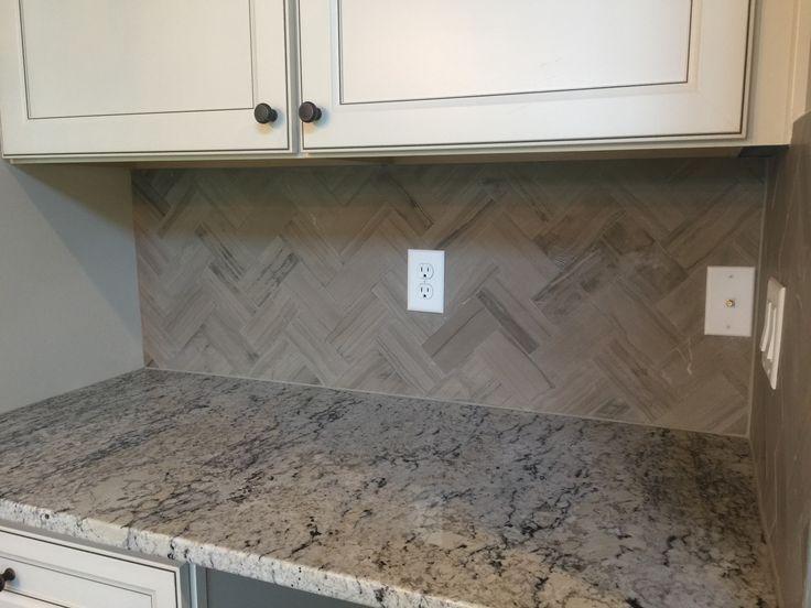 Marble Silver Screen 3x6 Tiles In Herringbone Pattern