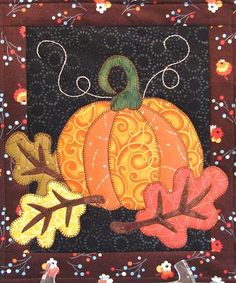 ...Pumpkin Vine for placemat or miniature for rug mugs.....vwr