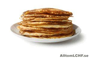 Kan man äta pannkakor när man äter enligt LCHF? Iett vanligt pannkaksrecept är det mycket mjöl vil