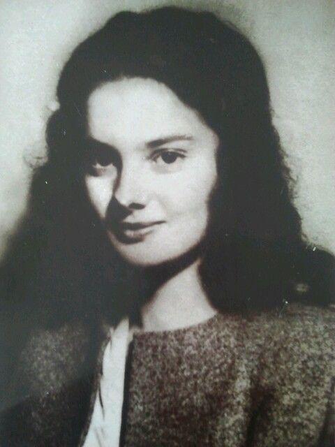 Iolanda la 18 ani