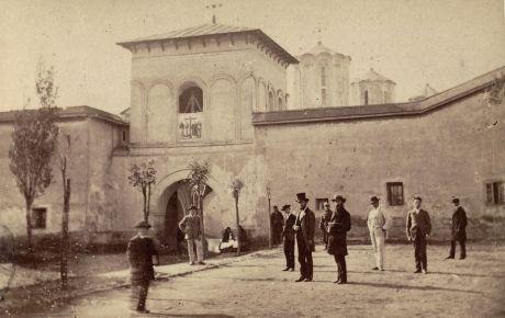 Imagini rare din Bucureştiul secolului XIX- Gara de Nord la...   B365