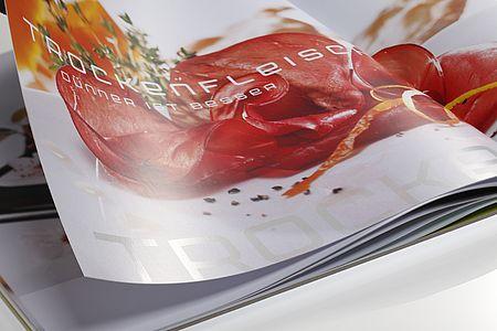 SCHAFFNER & CONZELMANN // COOK BOOK –printed on heaven 42 soft matt absolute white, 170 g/qm
