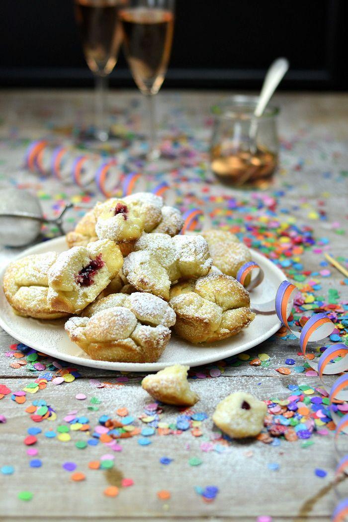 Für Silvester und andere Gelegenheiten: Monkey Bread (Mini) Berliner | Das Knusperstübchen