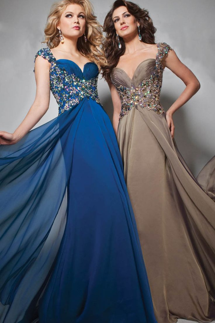 2014 Straps A Line Beaded Long Prom Dress New Arrival