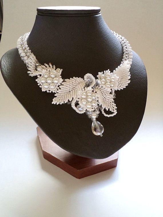 White Wedding Necklace, Seed Bead Jewelry, Beadweaving , Flower Beadwork Necklace: