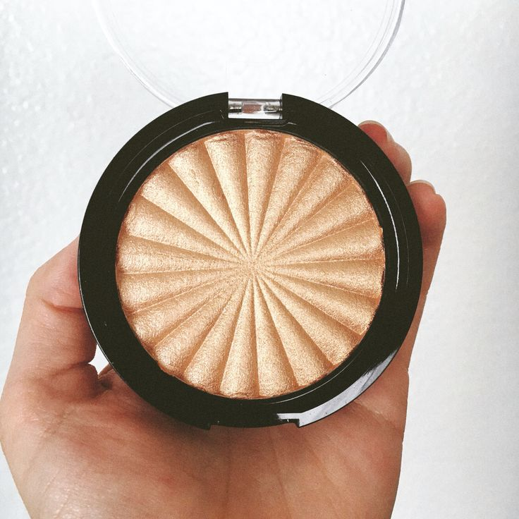 """OFRA Cosmetics """"Rodeo Drive"""" highlight is by far the BEST I've ever used!"""