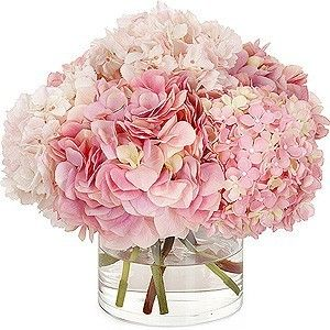 One Fine Day <3 / Low pink hydrangea centerpieces...