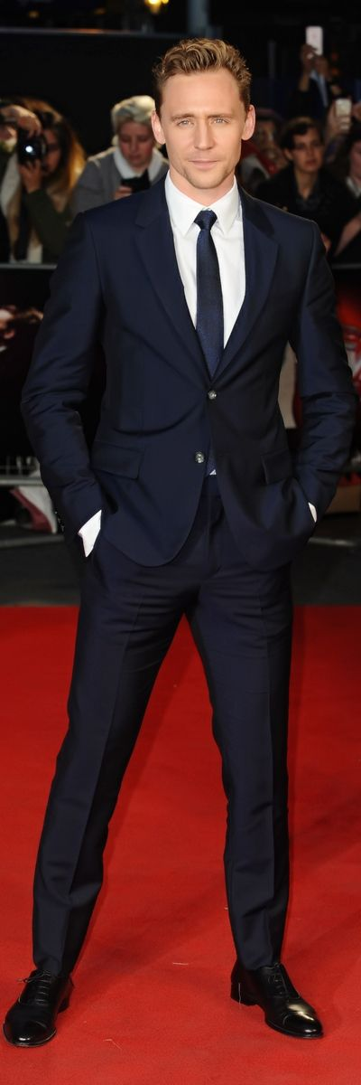 'Suit Porn Sunday'. BFI London Film Festival 'High-Rise' Premiere - 9th October 2015. Source: tomhiddleston.us. Photoset: http://maryxglz.tumblr.com/post/152200489812/suitpornsunday-bfi-london-film-festival