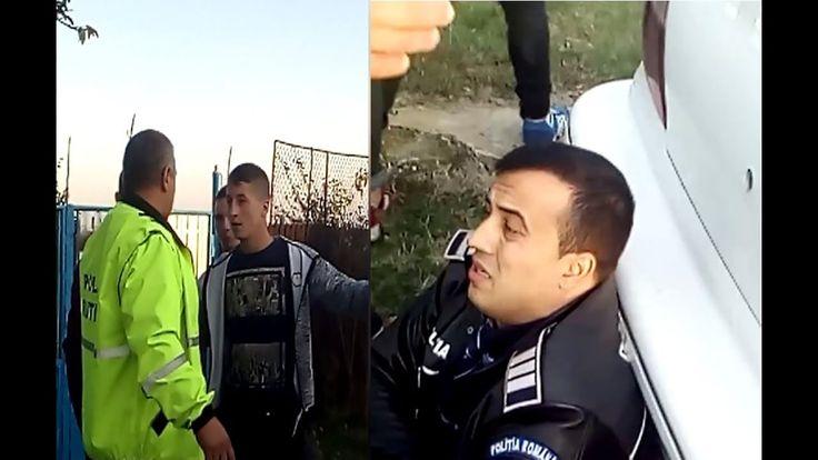 Patru tineri i-au rupt piciorul unui poliţist
