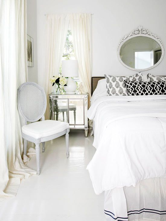 We love the simple black and white color scheme of this room! More real-life bedrooms: http://www.bhg.com/rooms/bedroom/master-bedroom/25-of-our-favorite-real-life-bedrooms-/?socsrc=bhgpin062613blackandwhite=20